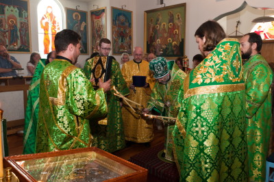 Visit by Bishop Michael_7